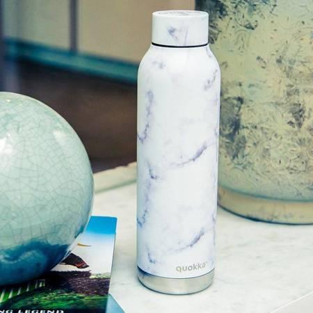 Quokka Solid - Butelka termiczna ze stali nierdzewnej 630 ml (Marble)